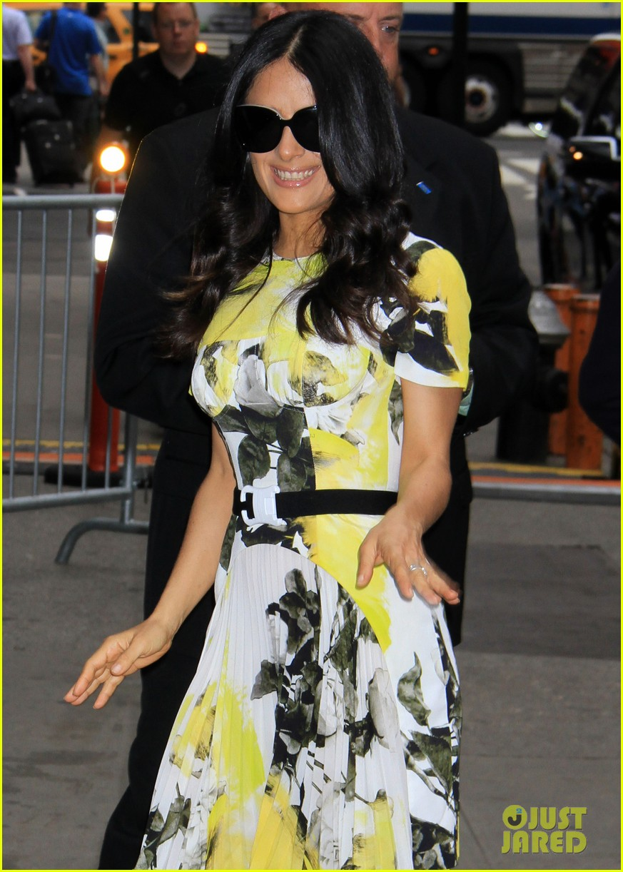 salma hayek i tried setting up adam sandlers mom 042907967