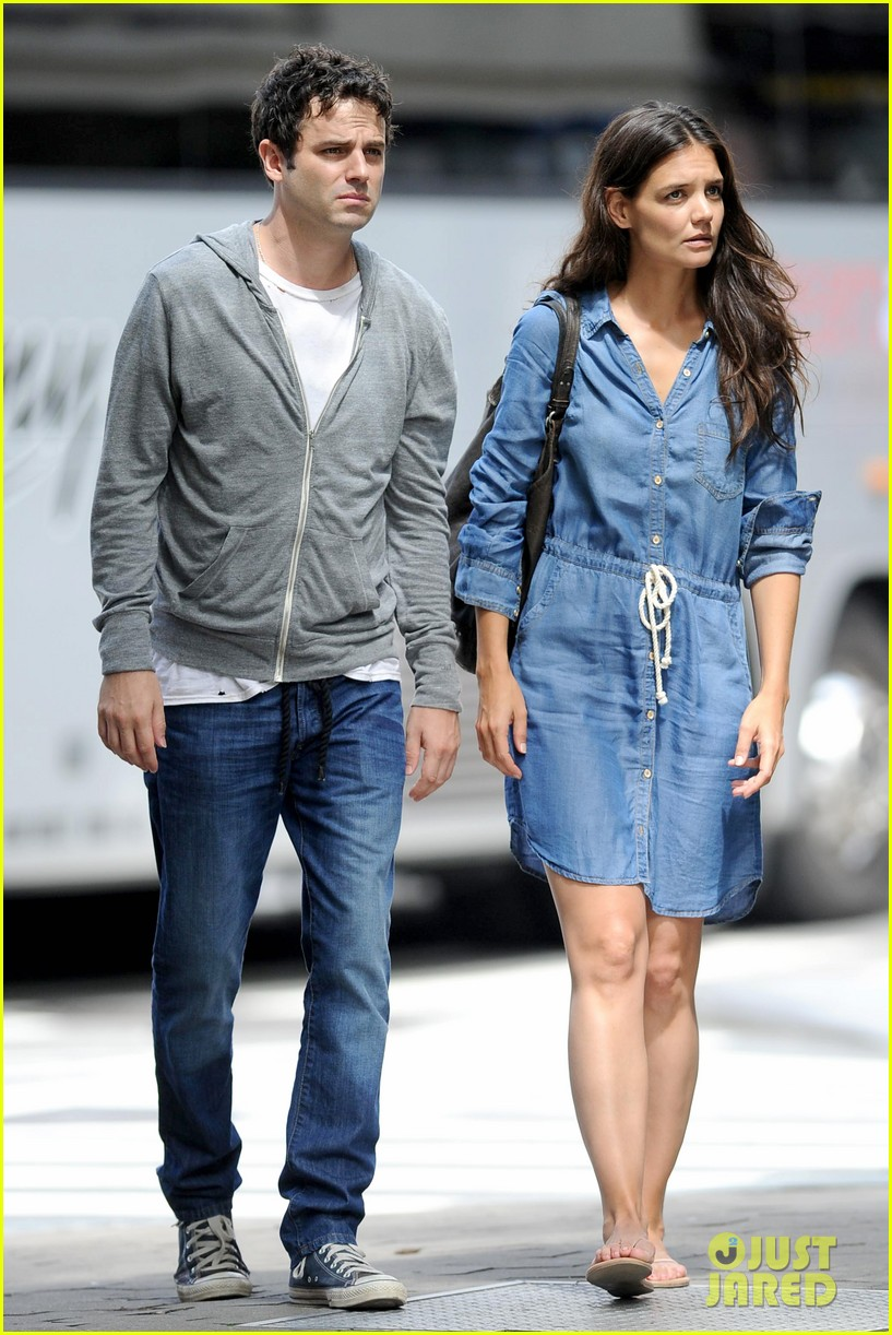 katie holmes luke kirby back to work on mania days 07