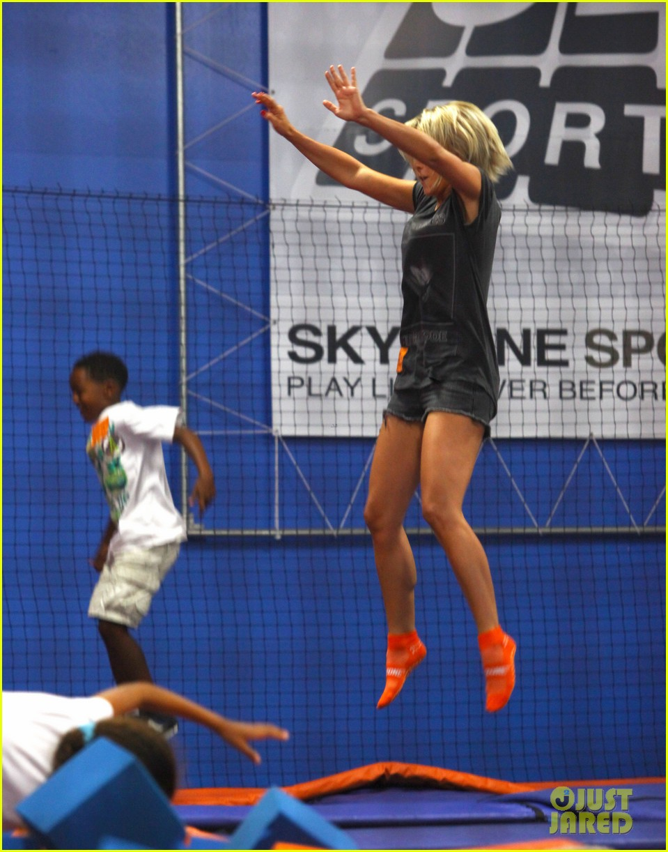 julianne hough tumbles in the air at trampoline park 11