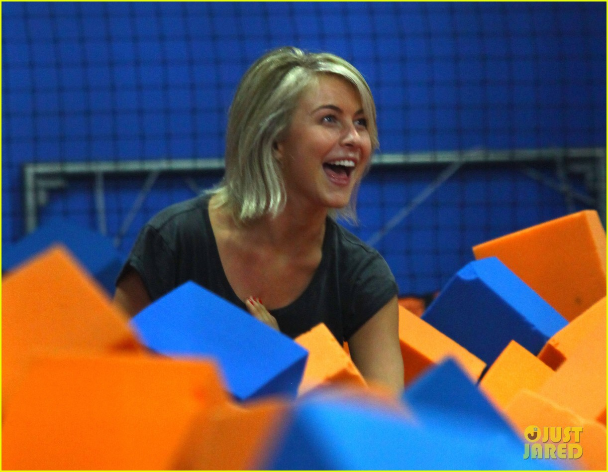julianne hough tumbles in the air at trampoline park 20