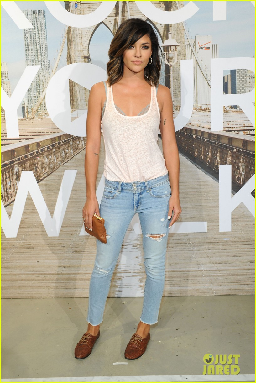 vanessa hudgens ae rock your walk launch austin butler 052920882