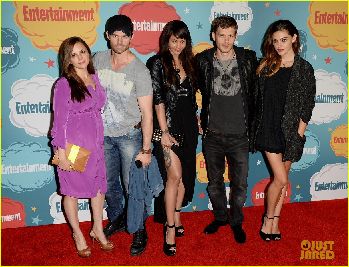 ian somerhalder daniel gillies vampire diaries originals at ew comic con party 032913910