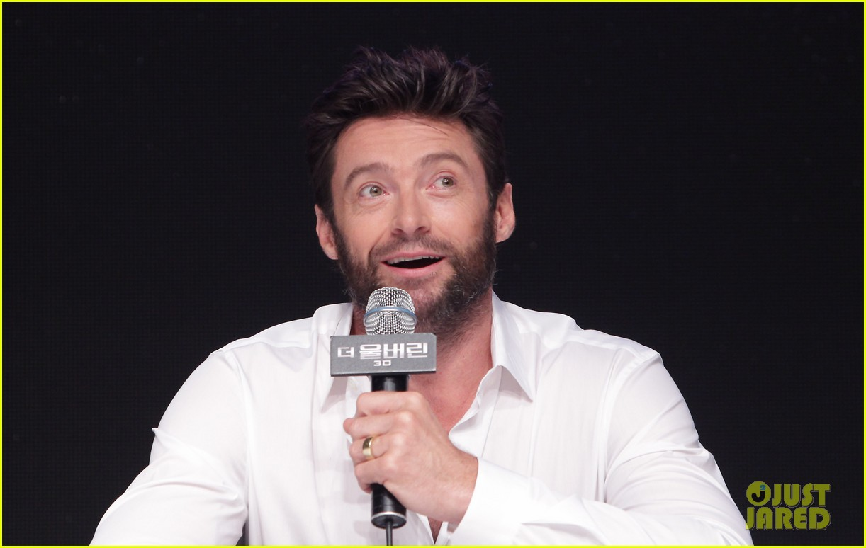 hugh jackman wolverine press conference in seoul 11