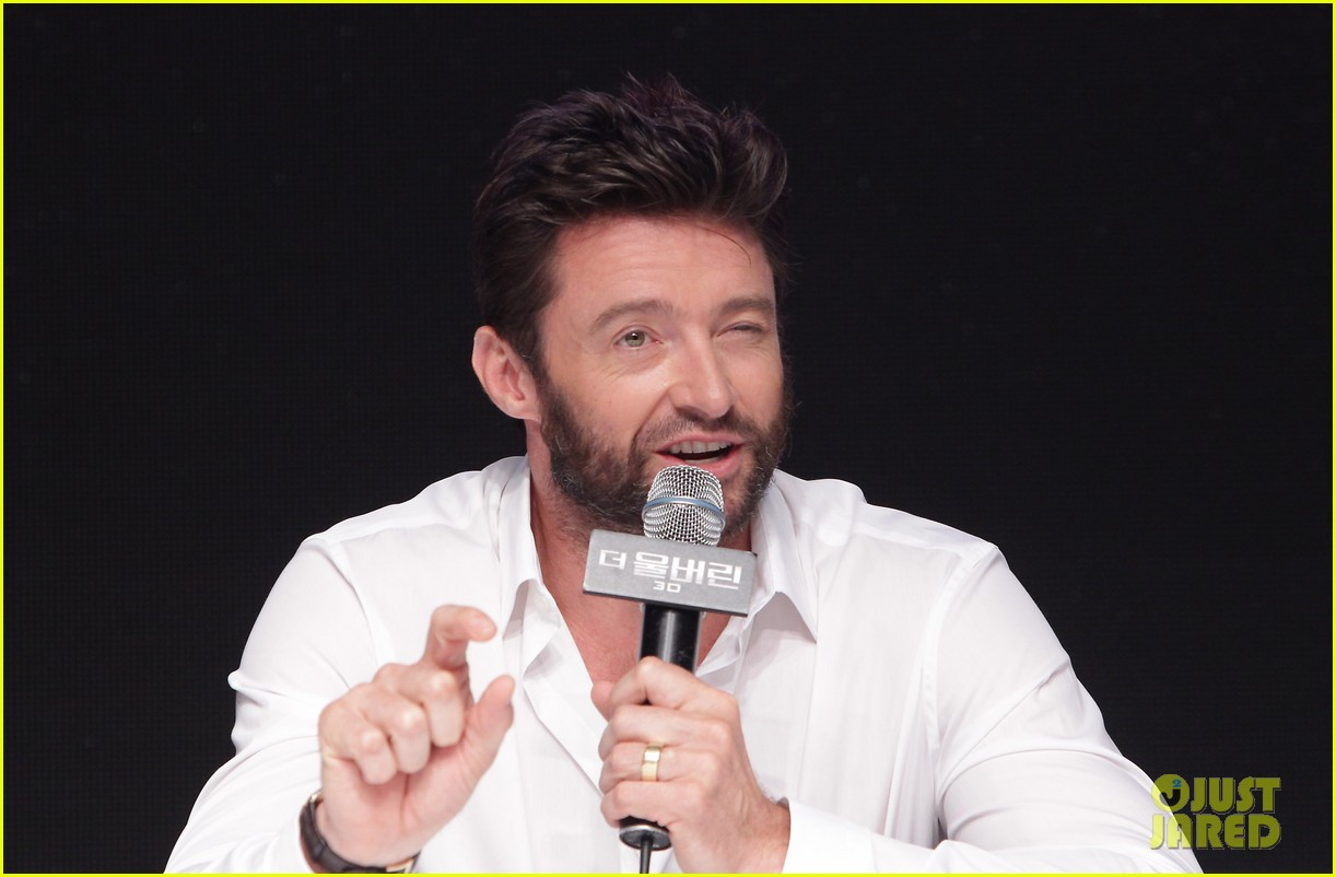 hugh jackman wolverine press conference in seoul 13