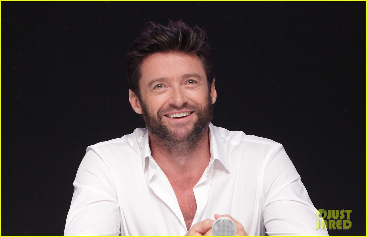 hugh jackman wolverine press conference in seoul 14