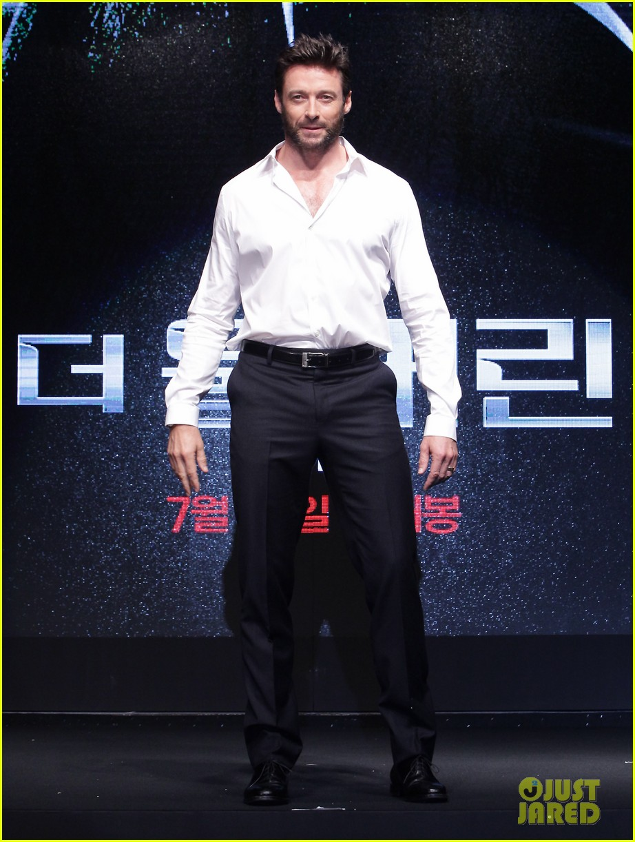 hugh jackman wolverine press conference in seoul 19