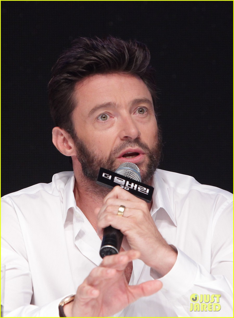 hugh jackman wolverine press conference in seoul 29