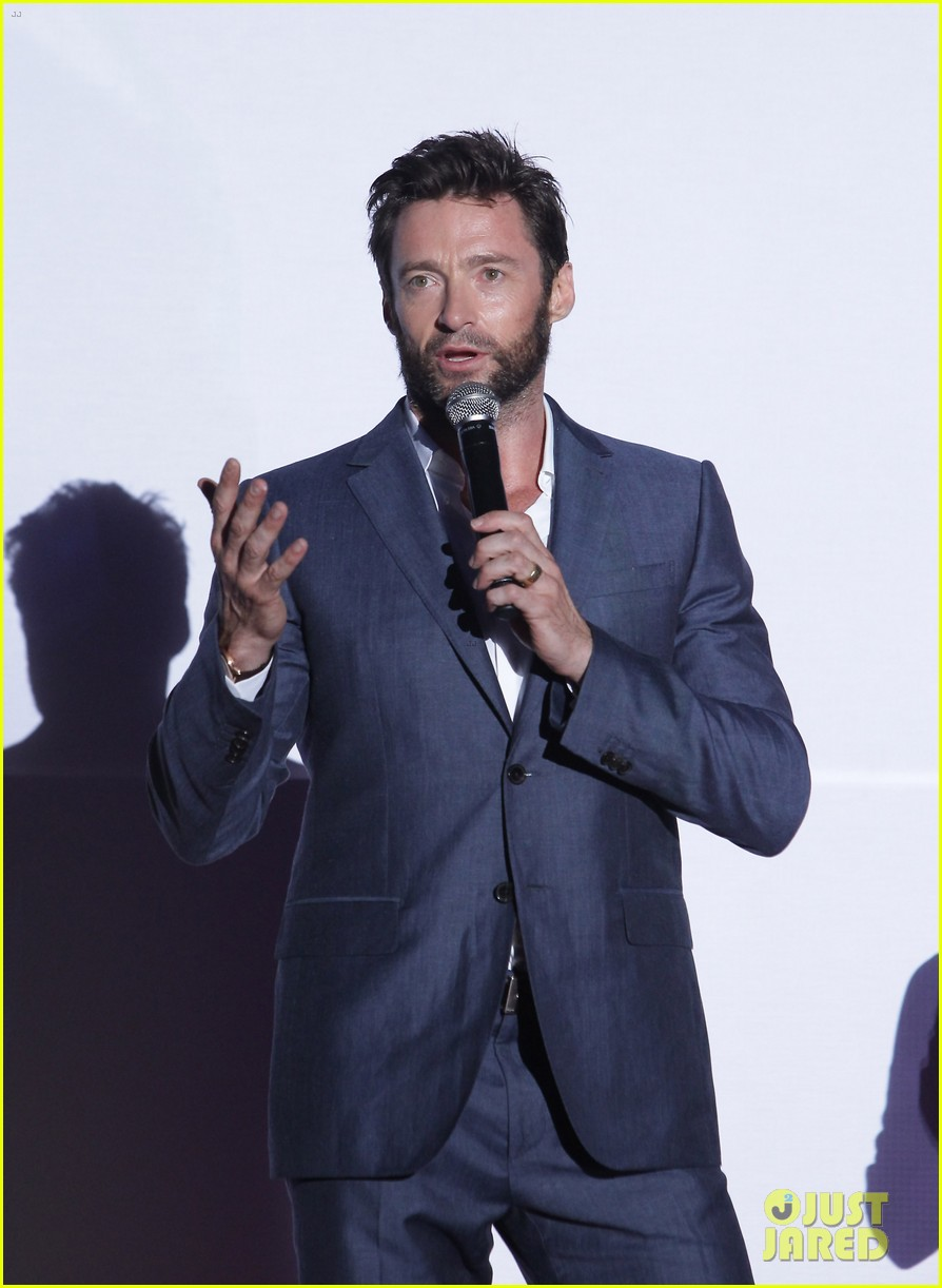 hugh jackman the wolverine south korea premiere 04