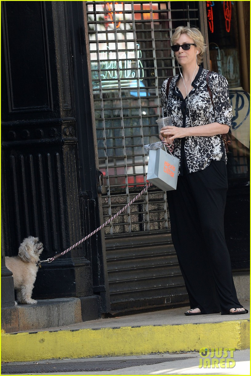 jane lynch steps out following cory monteith death 042909291