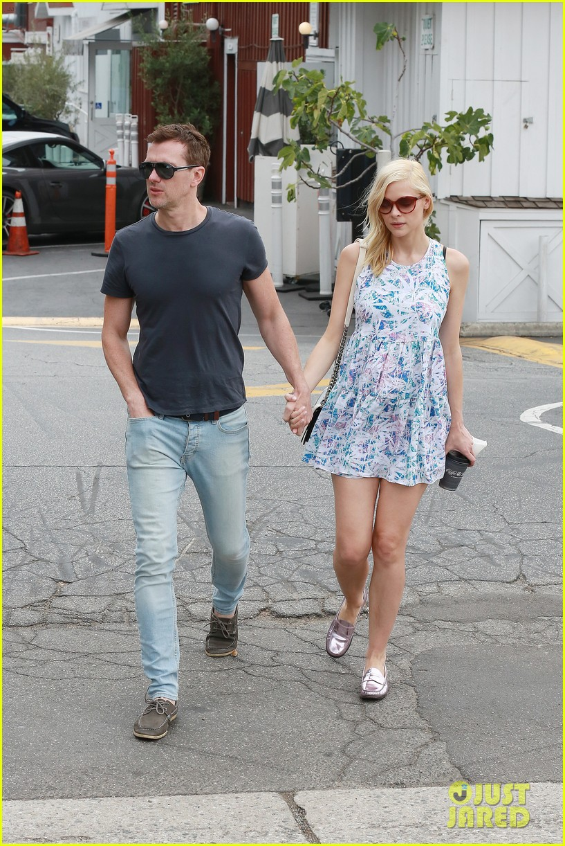 pregnant jaime king a voltre sante brunch with kyle newman 03