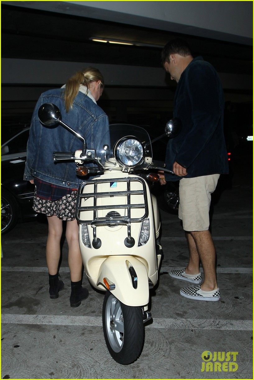 diane kruger joshua jackson vespa duo after movie date 06
