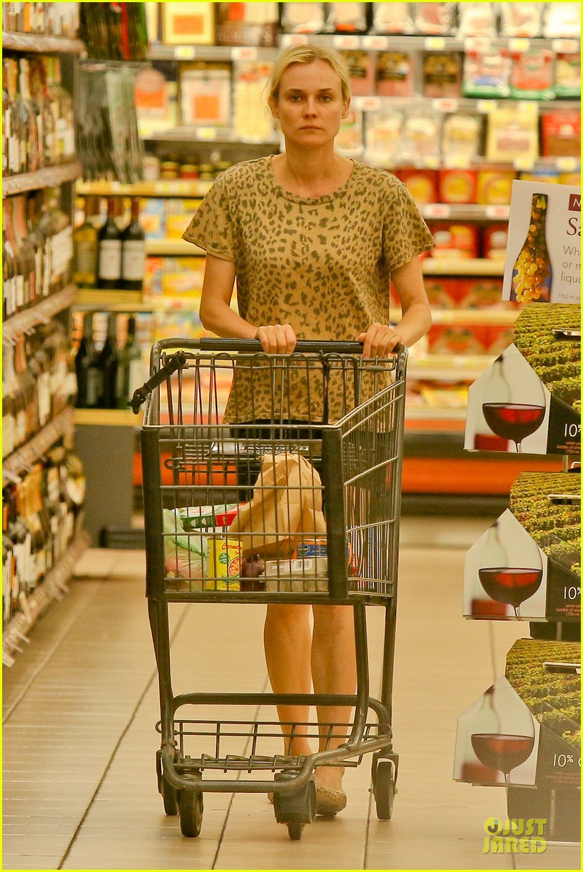 diane kruger joshua jackson white wine fruit shoppers 152914176
