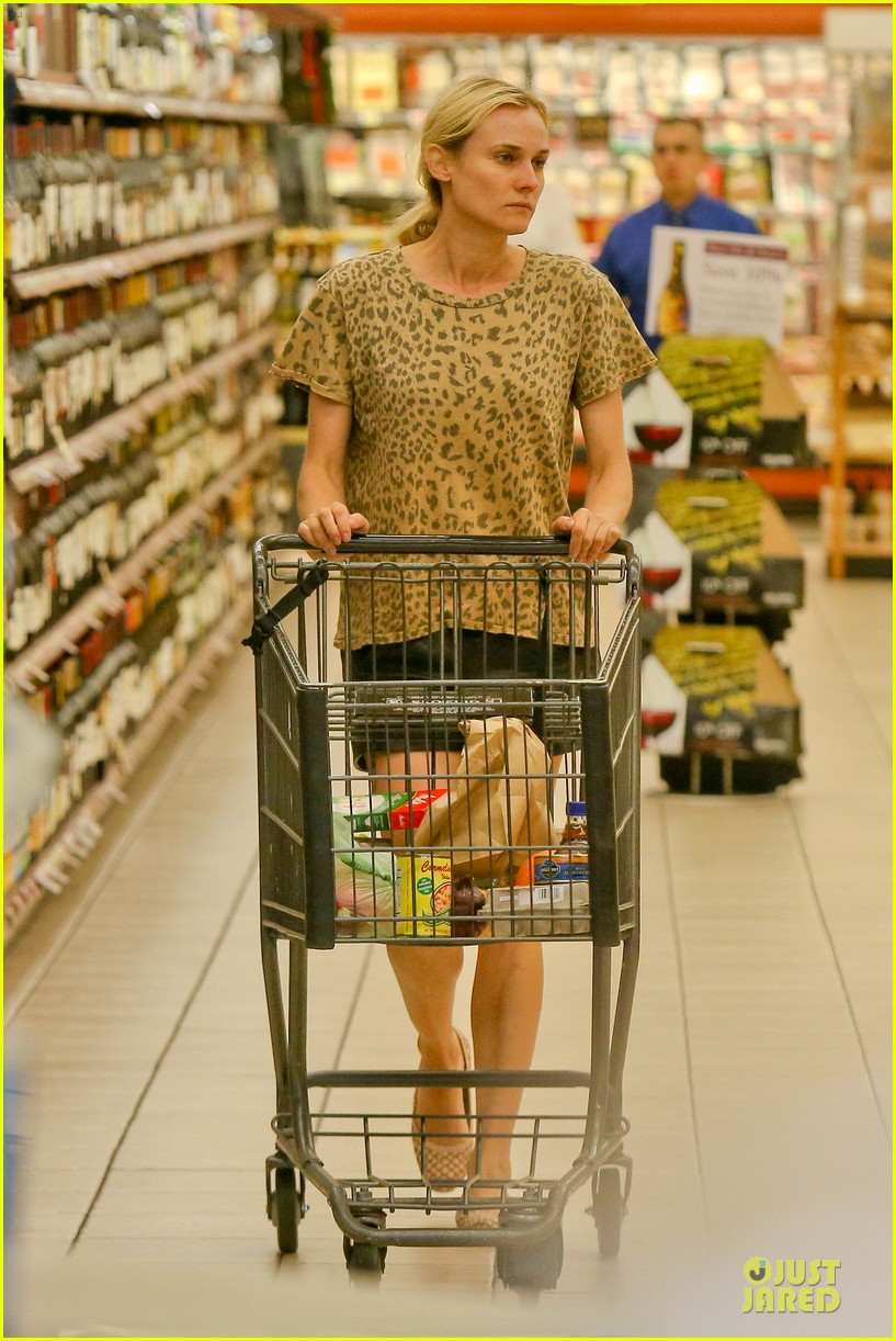 diane kruger joshua jackson white wine fruit shoppers 202914181