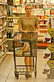 diane kruger joshua jackson white wine fruit shoppers 15