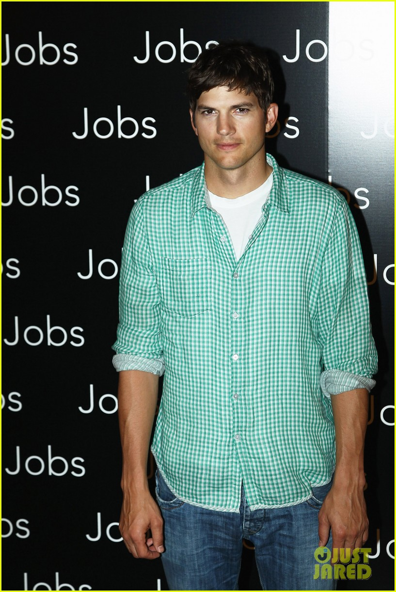 ashton kutcher jobs paris premiere 06
