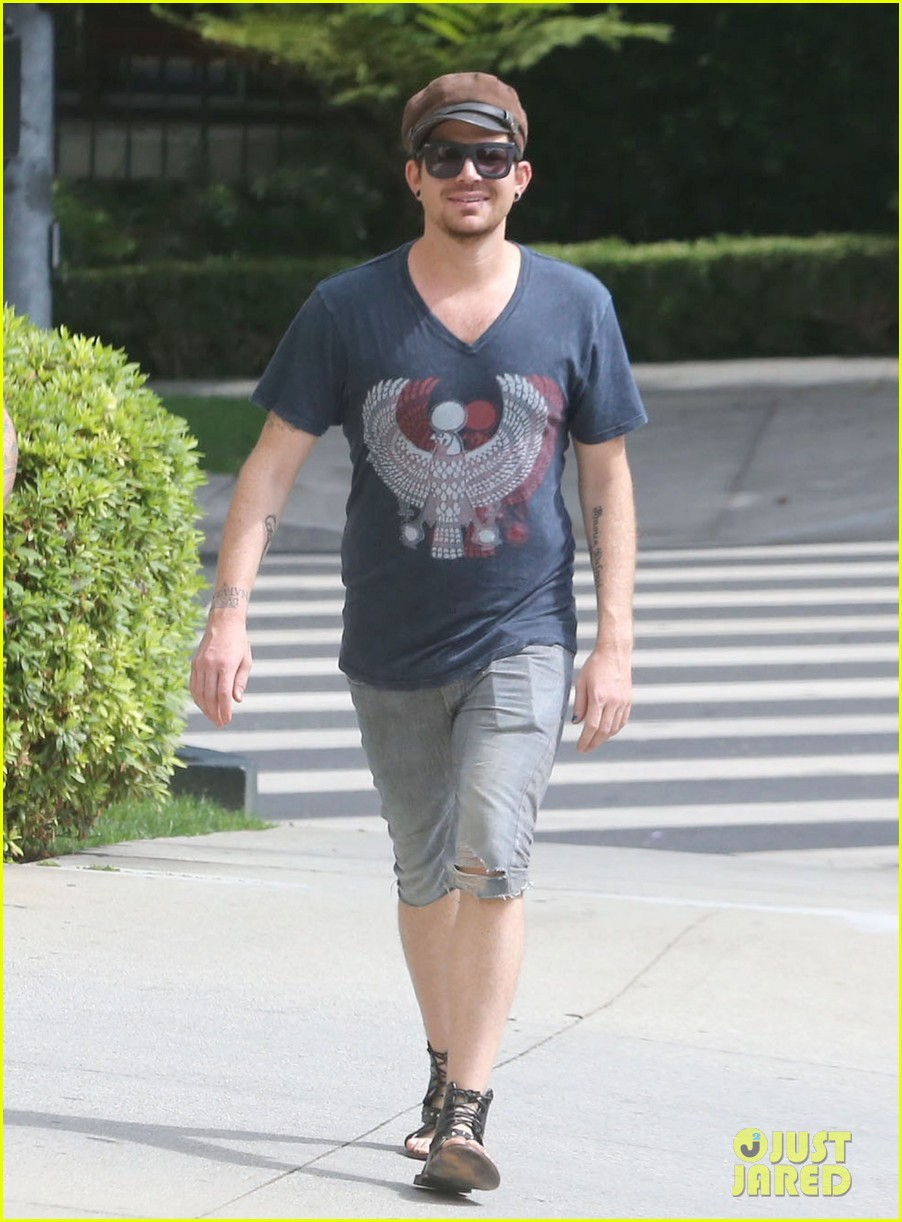 adam lambert steps out with ex sauli koskinen after cory monteith condolence 032909498