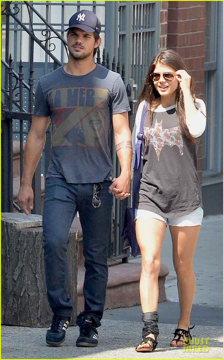 taylor lautner marie avgeropoulos holding hands as new couple 10