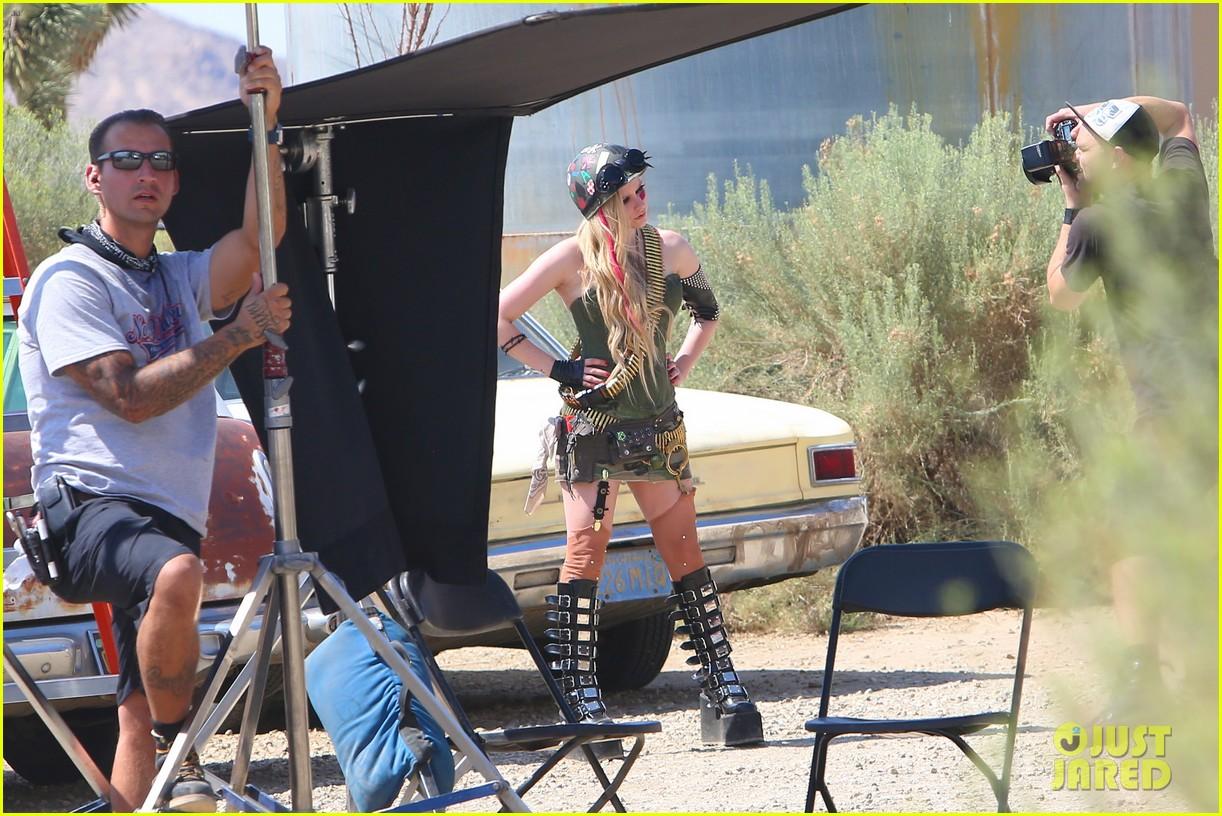 avril lavigne rock n roll music video shoot 122916892
