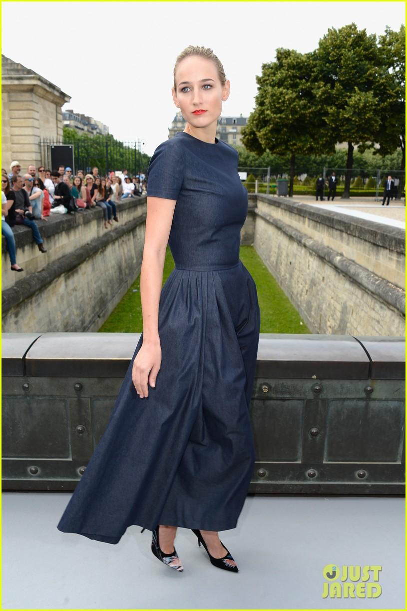leelee sobieski gemma arterton christian dior fashion show 092902692