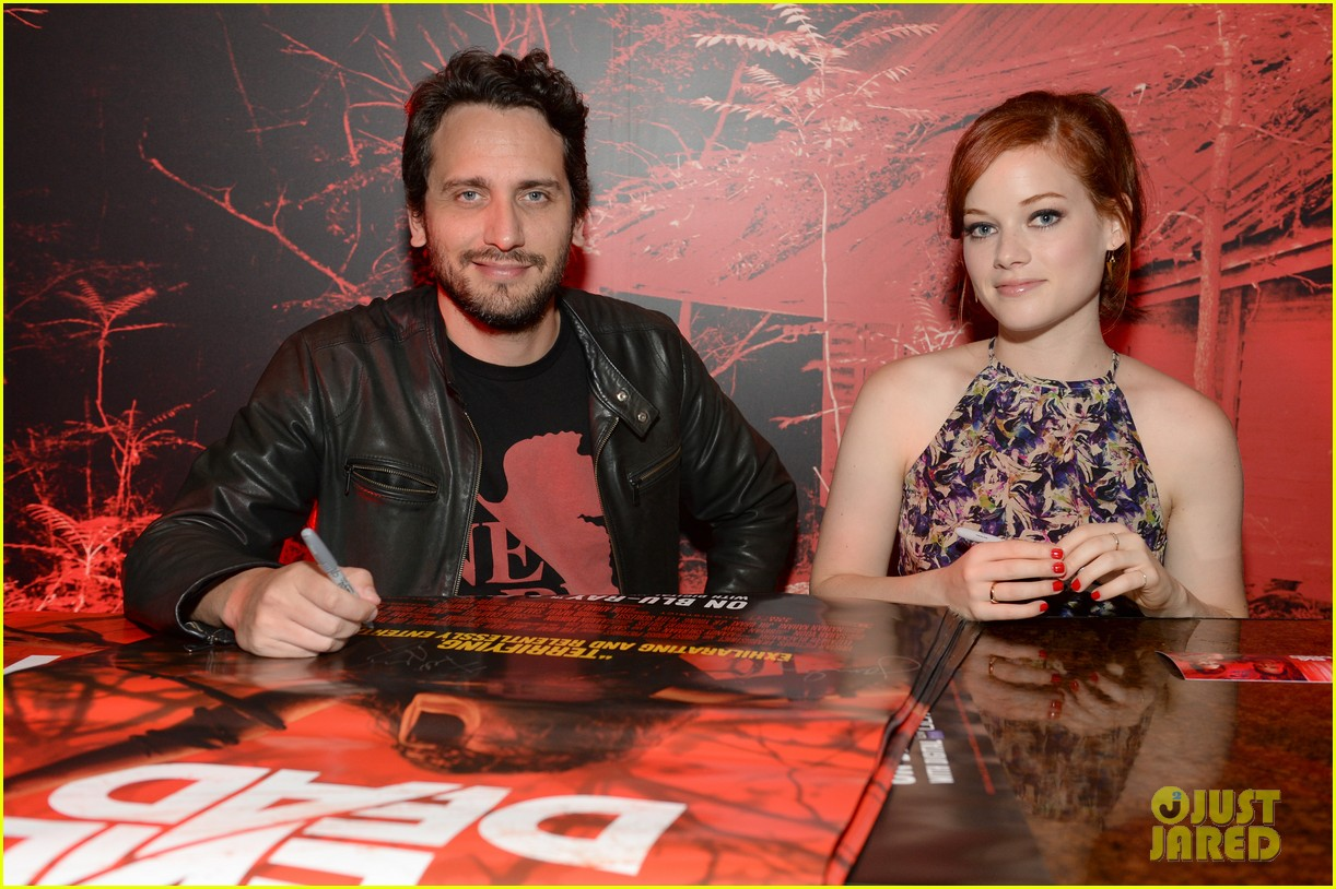 jane levy evil dead blu ray fan party at comic con 2013 09