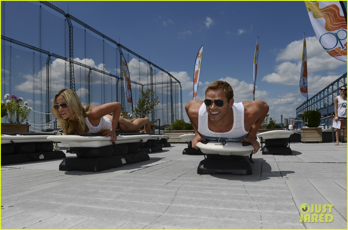 kellan lutz katrina bowden ops surf for life event hosts 13