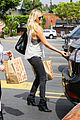 malin ackerman grabs groceries at gelsons 14