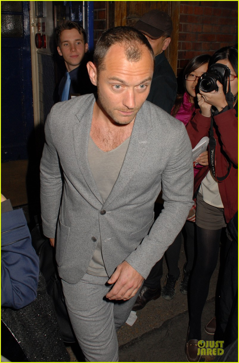 chris martin jude law curious incident of the dog in the night play goers 08