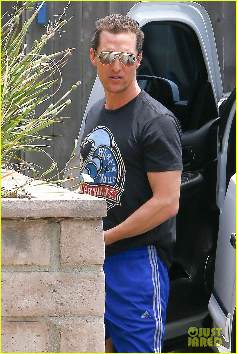 matthew mcconaughey camila alves separate cali outings 12