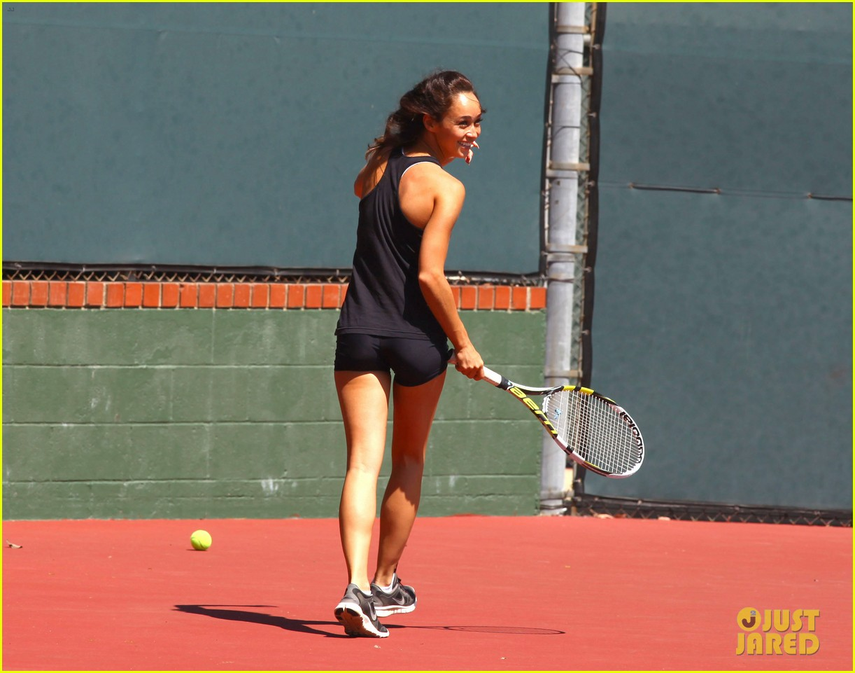 jesse metcalfe shirtless tennis playing with cara santana 092908066
