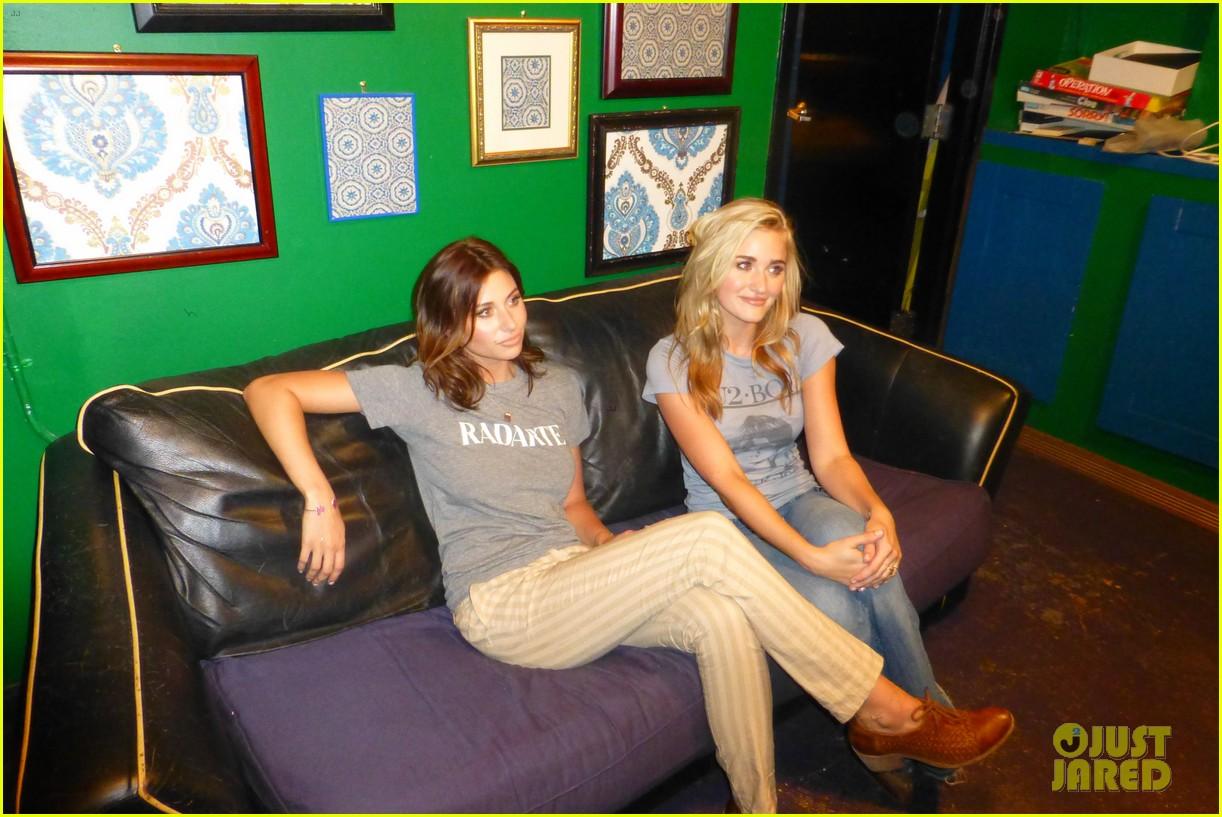 aly aj michalka 78 violet nyc showcase exclusive backstage photos 202907174