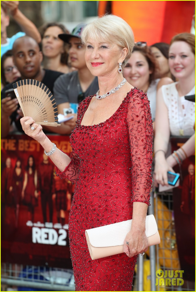 helen mirren bruce willis red 2 london premiere 13
