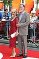 helen mirren bruce willis red 2 london premiere 09