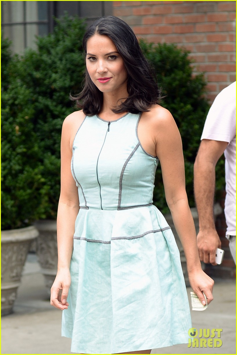 olivia munn live with kelly michael appearance 06