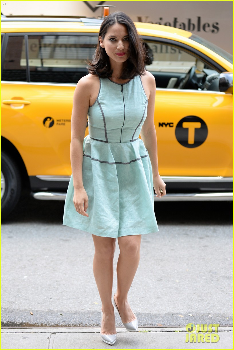 olivia munn live with kelly michael appearance 13