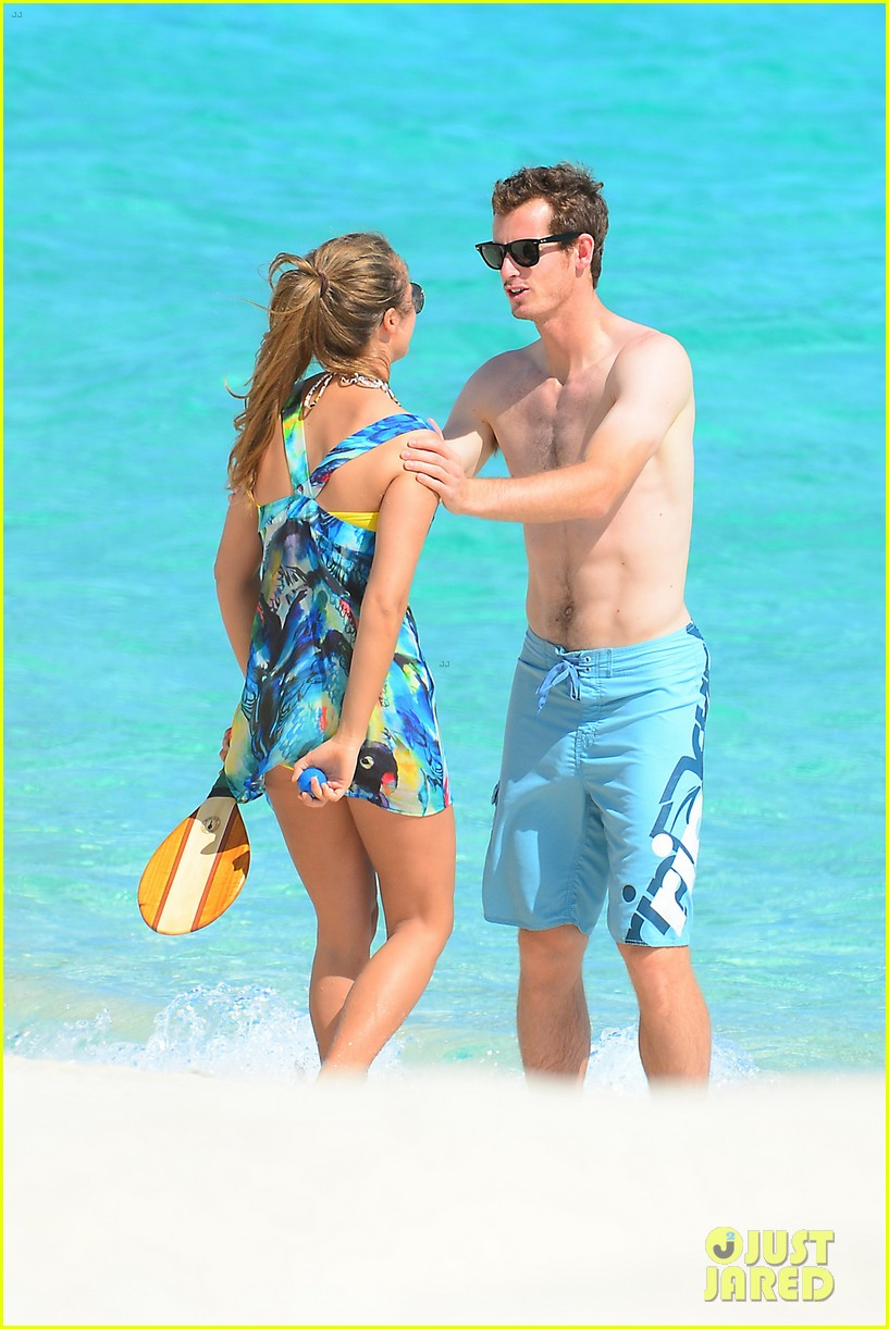 shirtless andy murray ibiza beach besos with kim sears 132909829