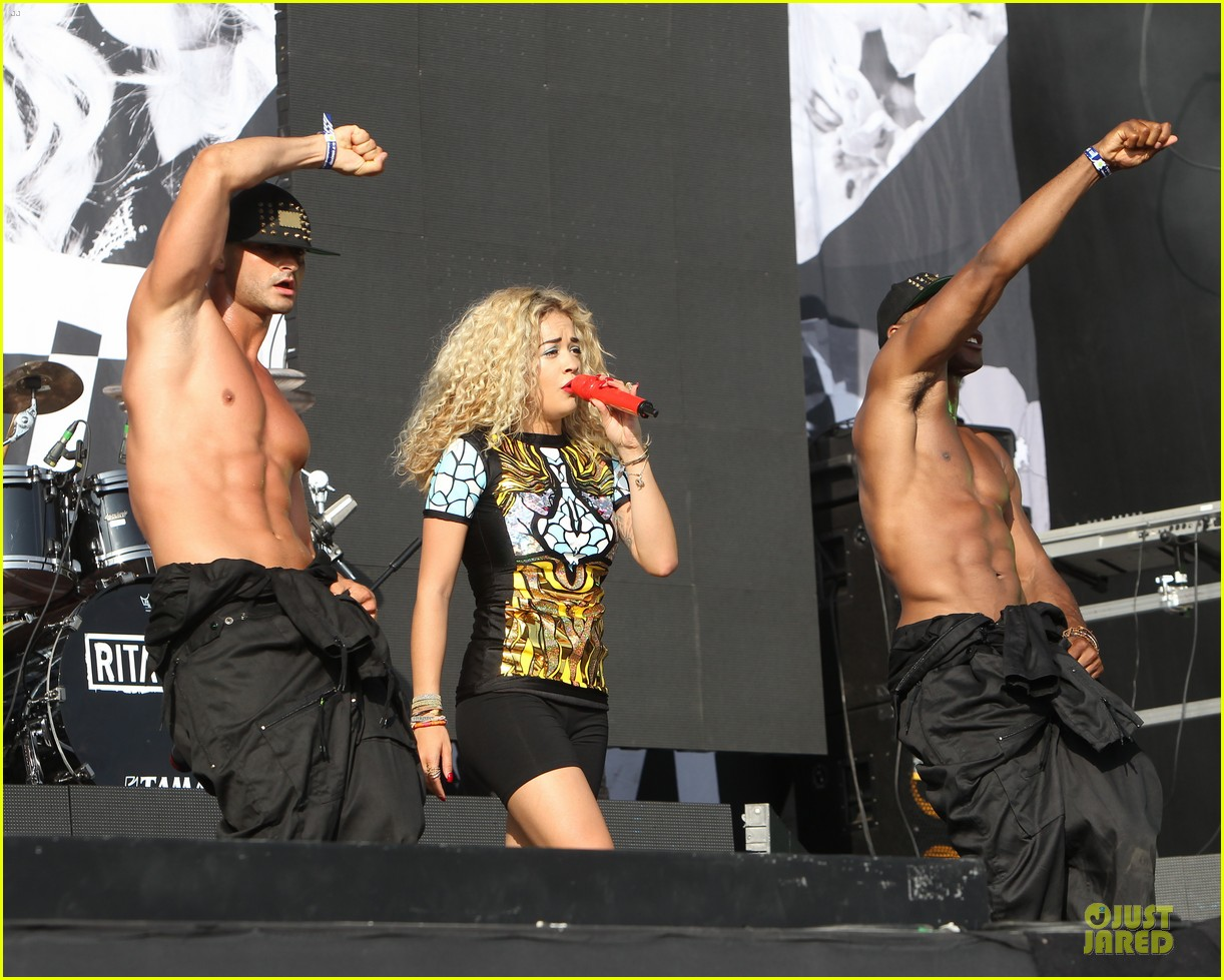 rita ora emeli sande british yahoo wireless festival performers 012908938