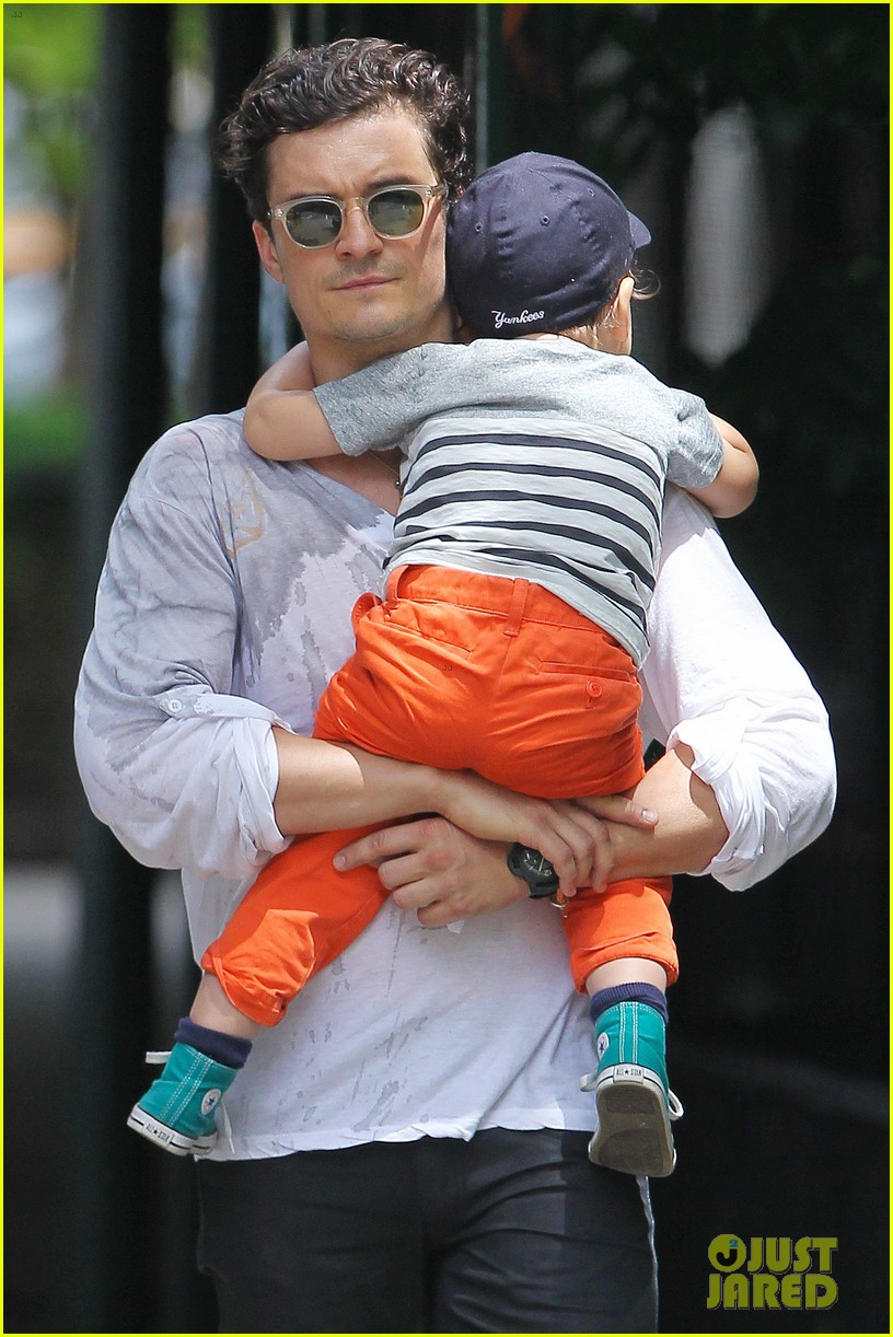orlando bloom takes flynn to central park miranda kerr hits jfk 16
