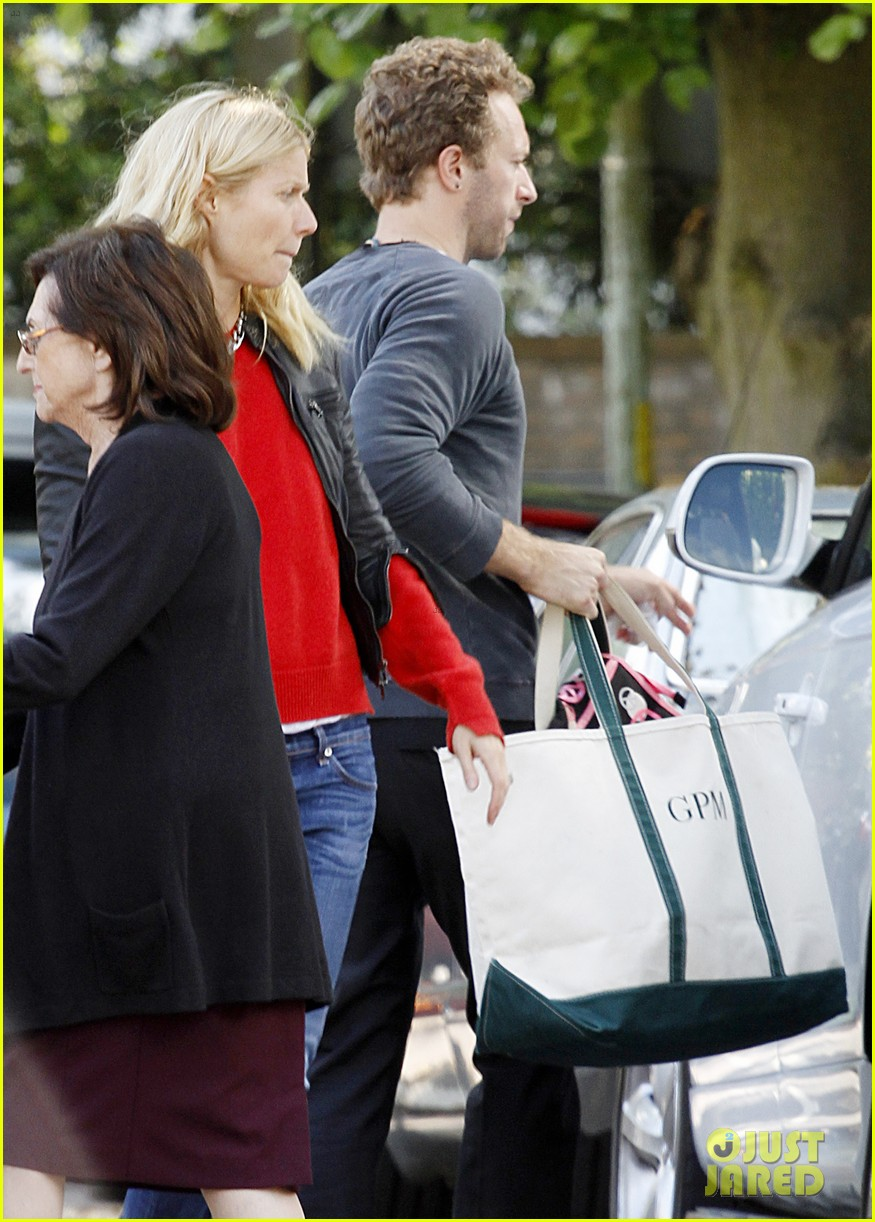 gwyneth paltrow chris martin shop in london on july 4th 08
