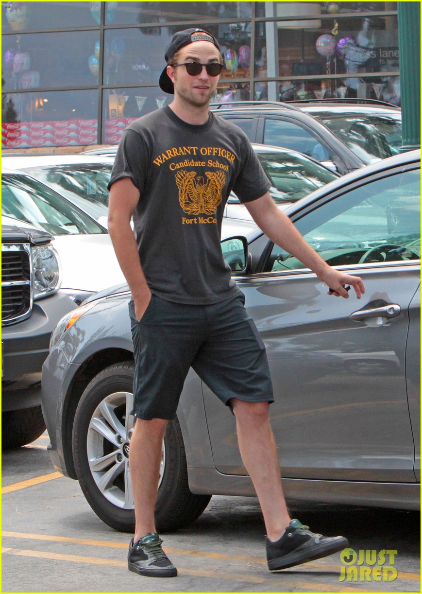 robert pattinson steps out after false riley keough rumors 11