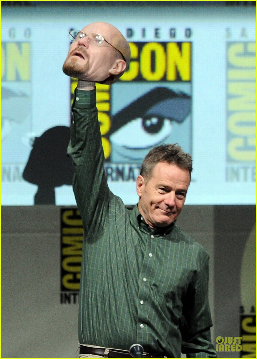 aaron paul bryan cranston breaking bad panel at comic con 10
