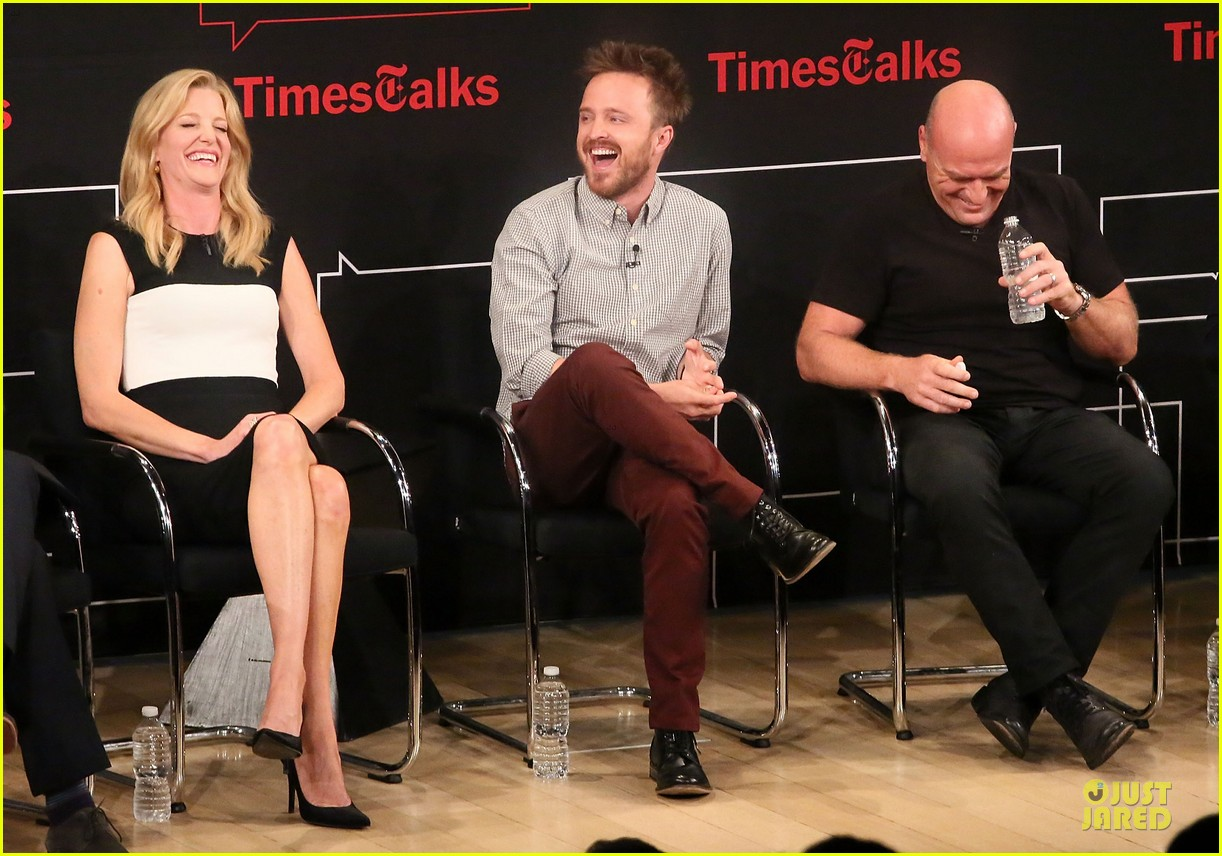 aaron paul bryan cranston breaking  bad promo at timestalk 10