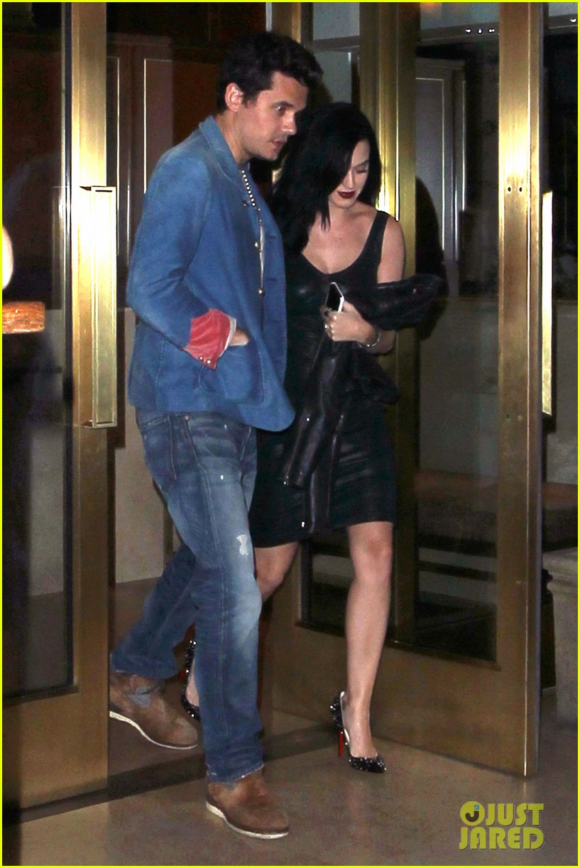 katy perry john mayer stick close after dinner date 08