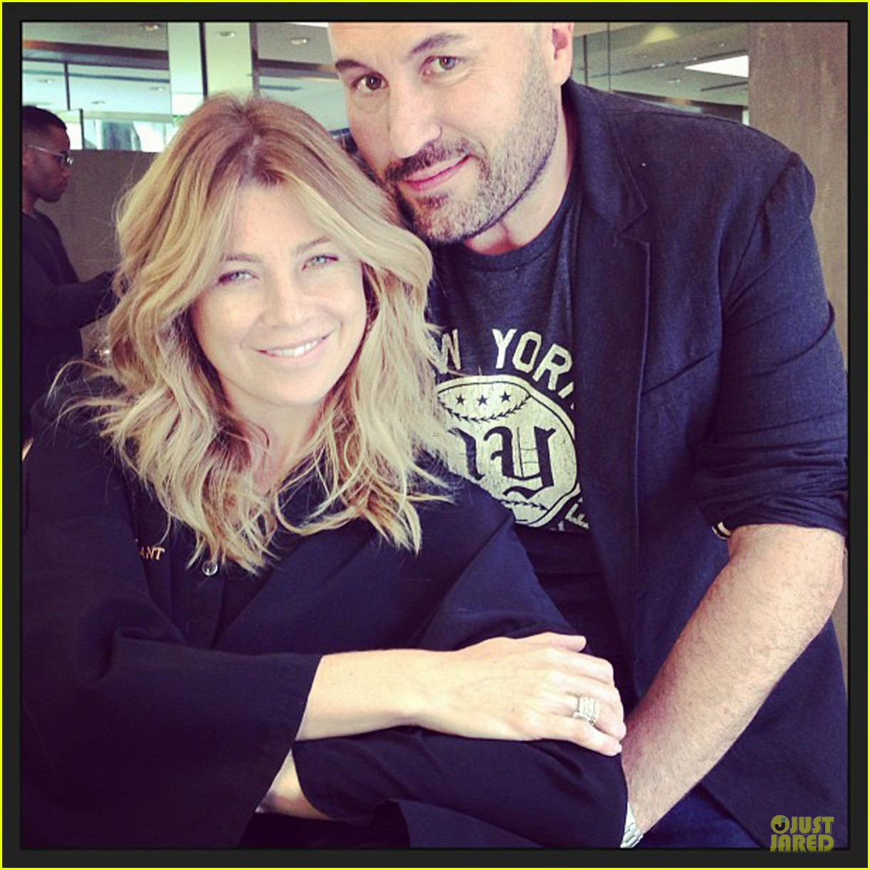 ellen pompeo showcases arm strength with stella 05