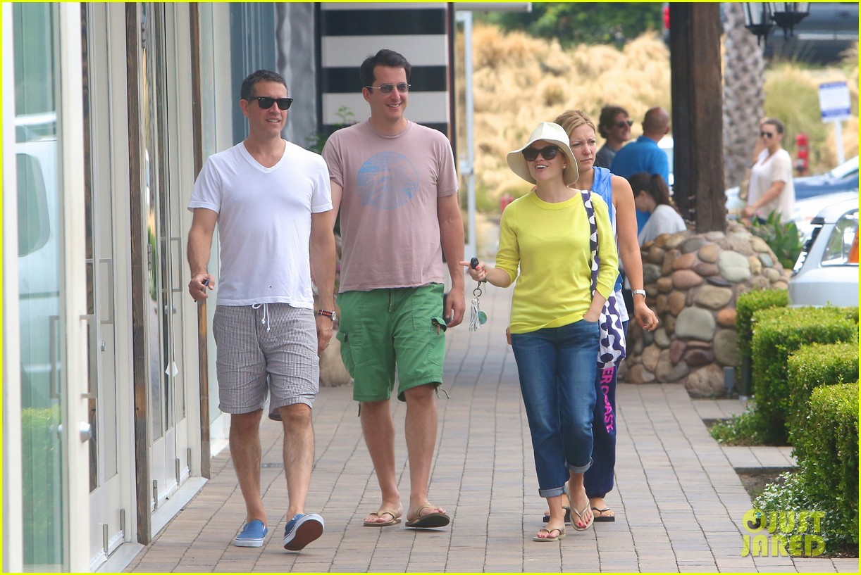reese witherspoon jim toth breakfast after july fourth 12