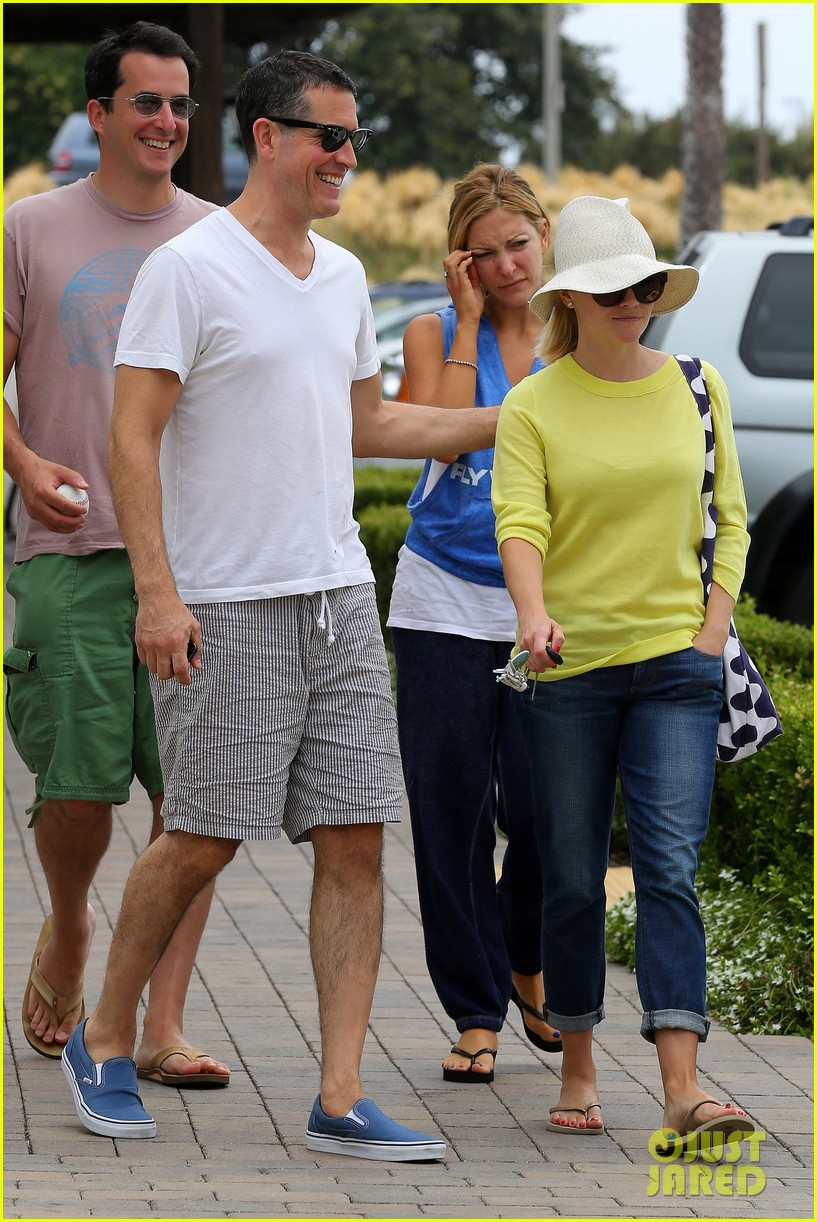 reese witherspoon jim toth breakfast after july fourth 162904615