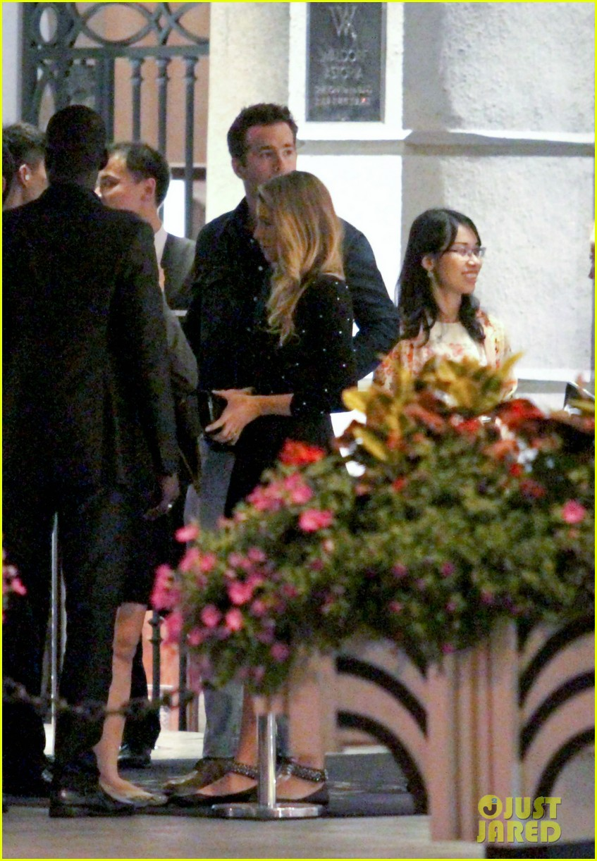 blake lively ryan reynolds dine out in shanghai 02