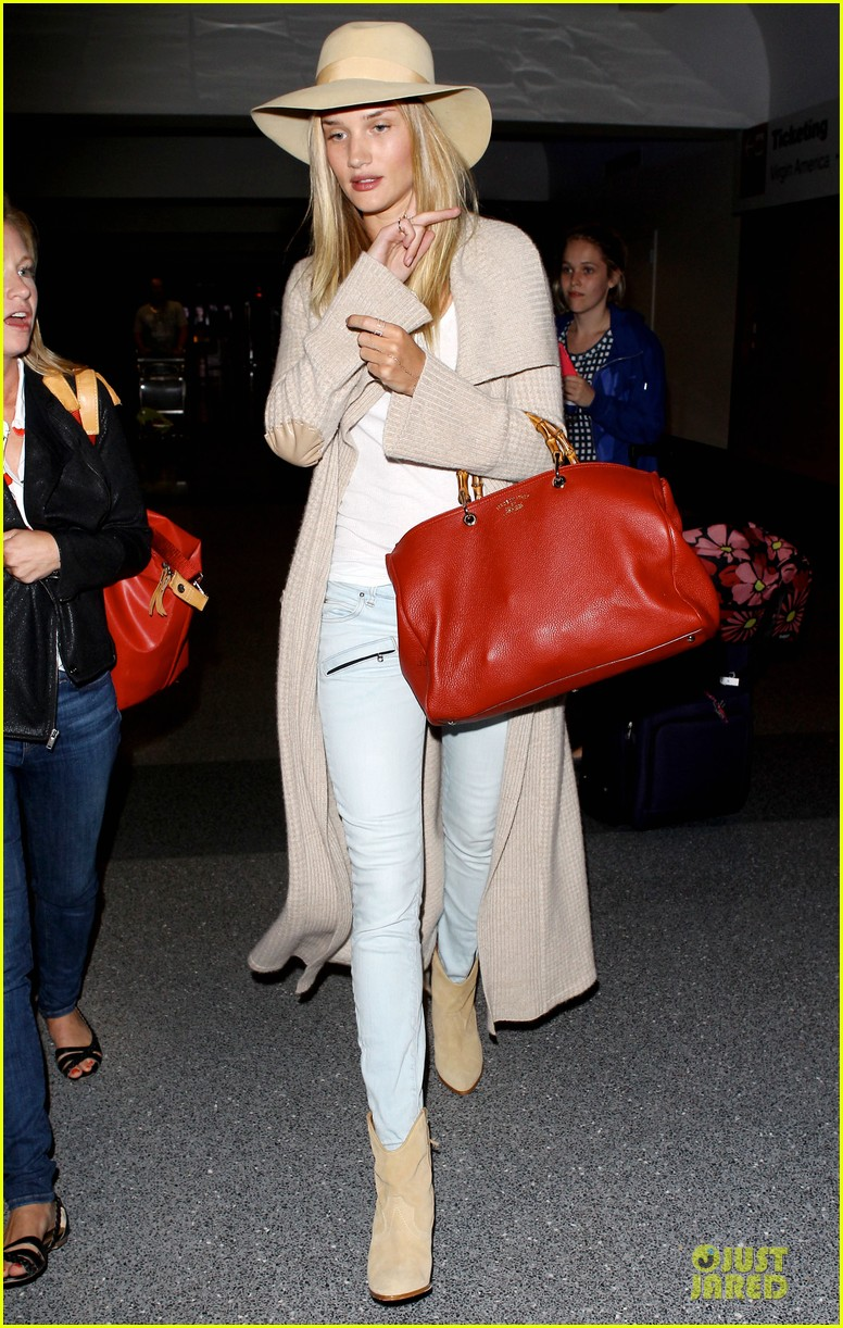 rosie huntington whiteley lax departure after jason statham lunch date 17