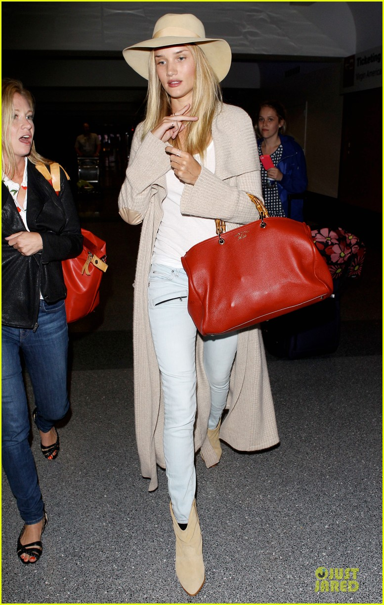 rosie huntington whiteley lax departure after jason statham lunch date 18