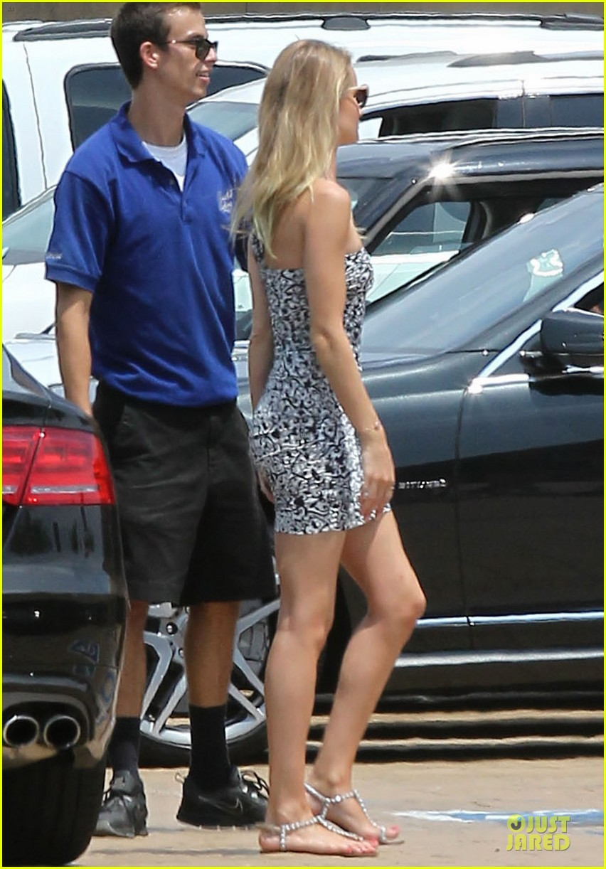 rosie huntington whiteley jason statham nobu lunch couple 112901607