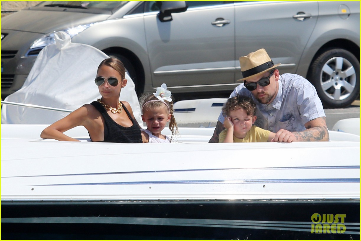 nicole richie continues saint tropez family vacation 08